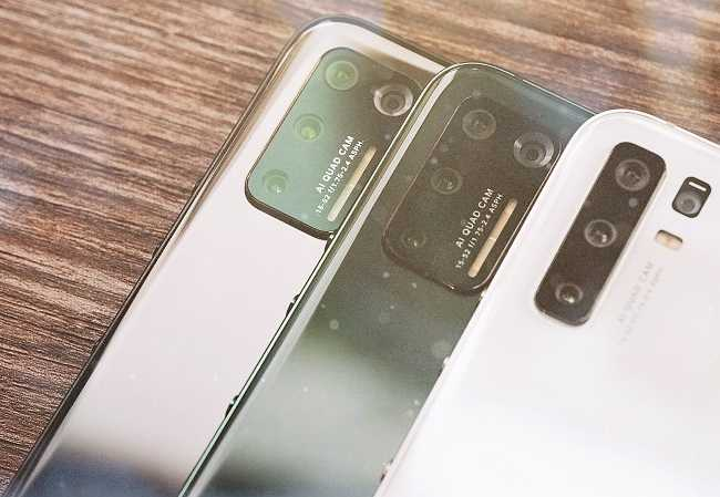 أفضل هواتف ذكية تحت 300 دولار